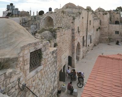 البلدة القديمة في دير غسّانة ( رام الله و البيرة)